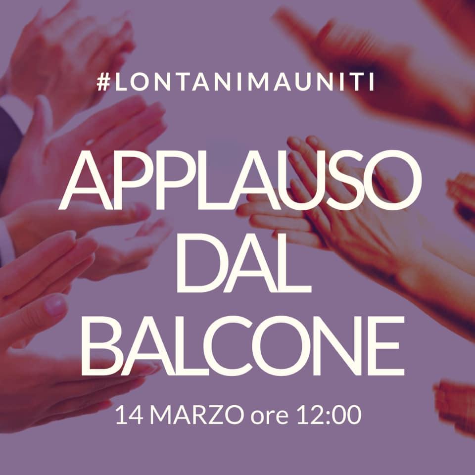 applauso_balcone