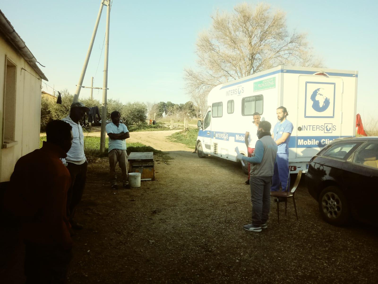 clinica-mobile
