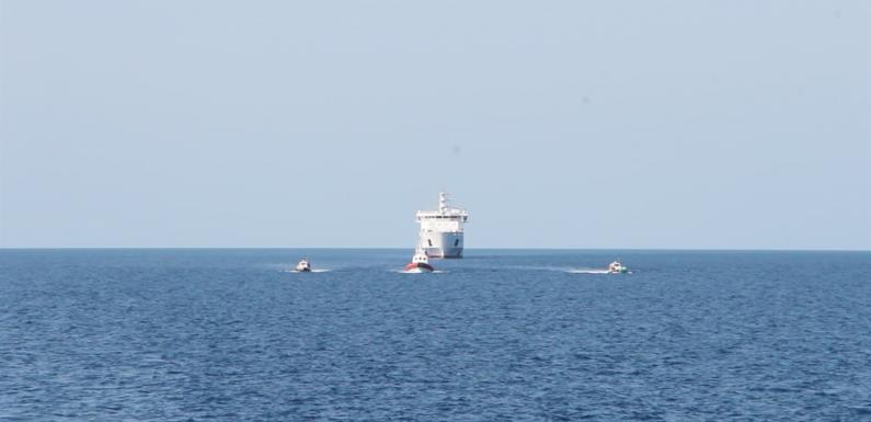 Il mistero dell'hotspot galleggiante a largo di Palermo