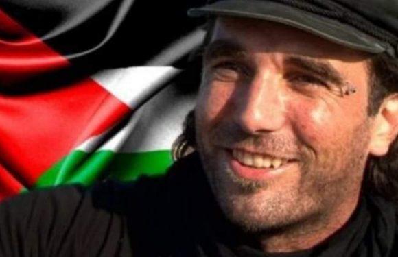 Un evento Facebook per ricordare Vittorio Arrigoni