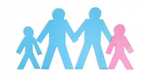 Il tabù delle adozioni arcobaleno