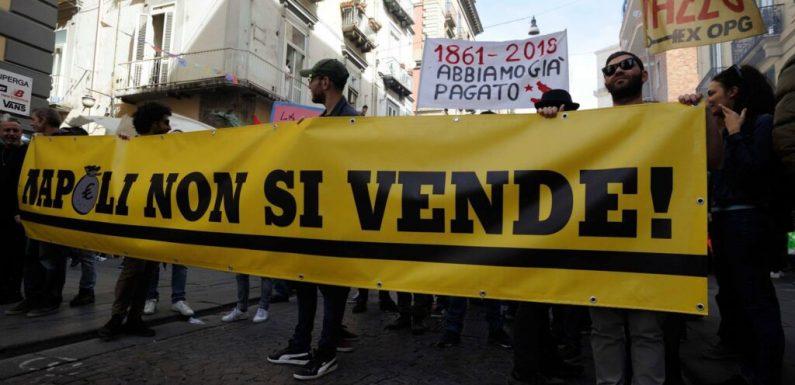 La Napoli che si ribella al debito