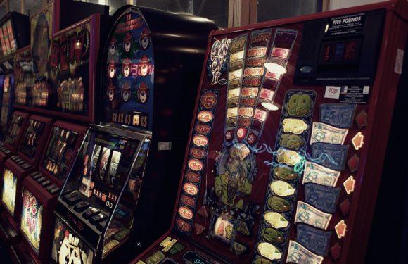 Le slot machine sono ferme ma il gioco d'azzardo sta ripartendo