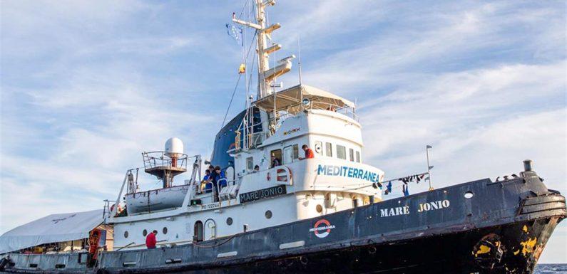 La Mare Jonio pronta a tornare nel Mediterraneo