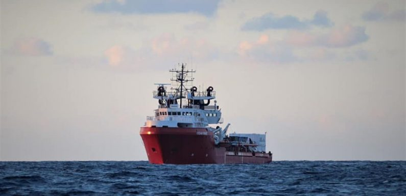 La Ocean Viking torna in mare per salvare vite umane