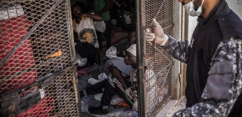 Ecco come l'Italia continua a finanziare la guardia costiera libica