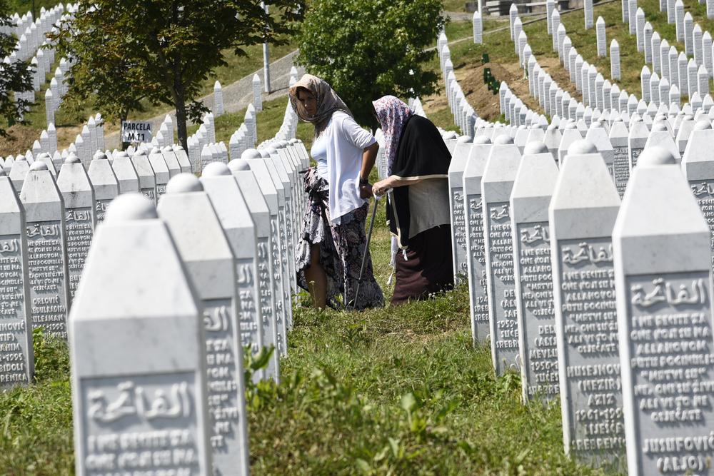 Il-governo-serbo-e-il-genocidio-di-Srebrenica