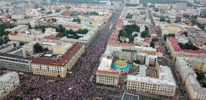 Bielorussia, la sfida a Lukashenko continua anche grazie all'uso di Telegram per aggirare la censura e organizzare le proteste