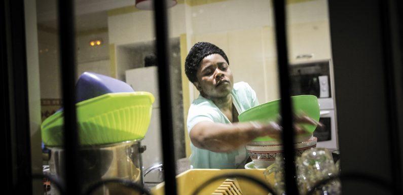 Le vite ridotte in schiavitù delle donne migranti in Tunisia