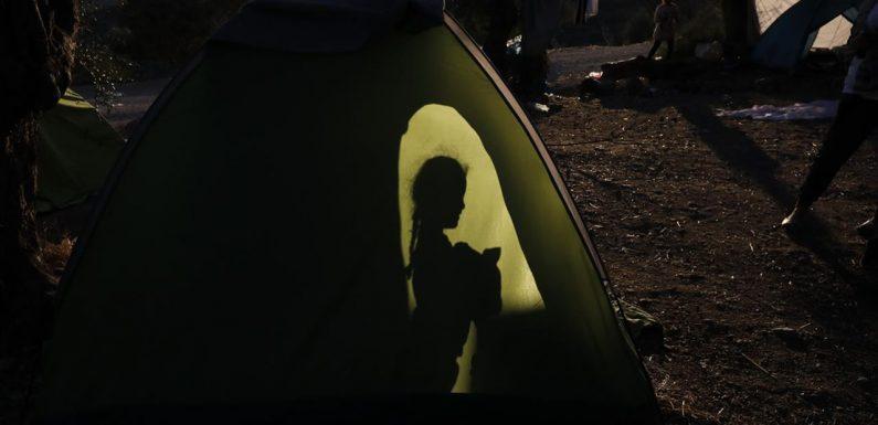Oxfam: «Il virus è nel campo di Moria a Lesbo. Si rischia la catastrofe»