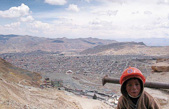 Tra risorse minerarie e democrazia: il futuro della Bolivia è una riserva