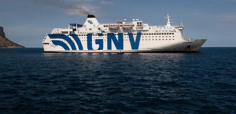Fate sbarcare i minori dalle navi quarantena