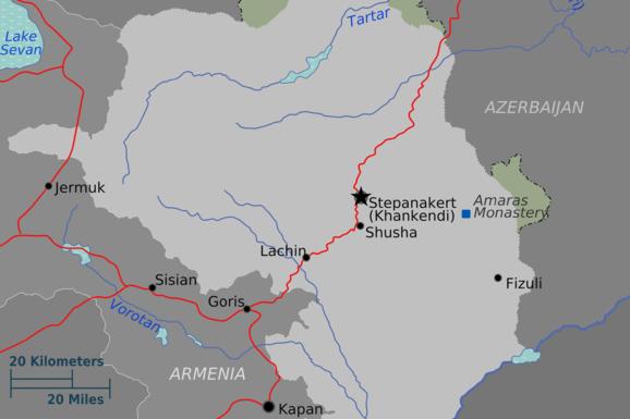 Il conflitto Armenia-Azerbaigian: le pulizie etniche, gli interessi economici e geopolitici e una guerra che non è mai finita