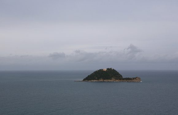 Le isole in vendita al miglior offerente: un affare privato