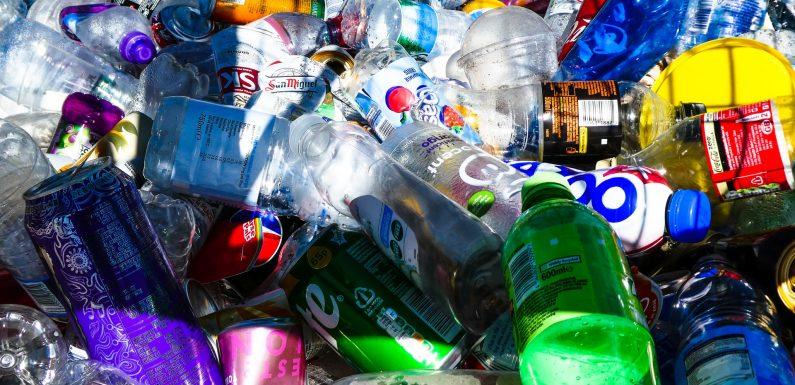 L'industria petrolifera scommette sulla plastica. Ma il futuro è altrove