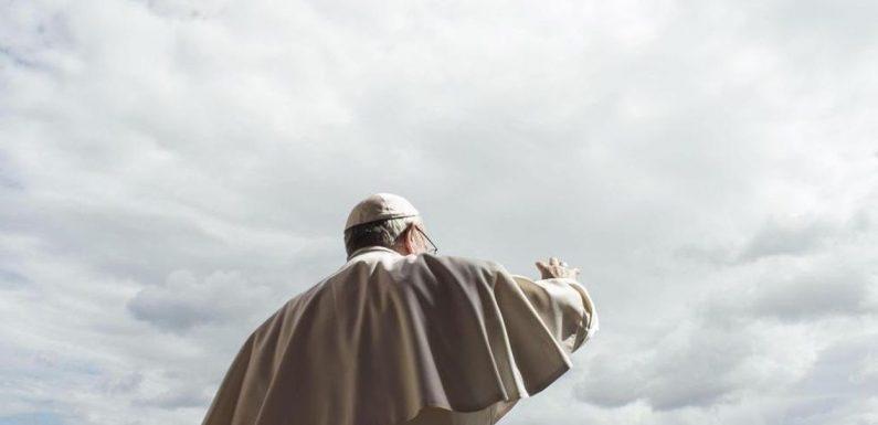 Papa Francesco: delegittimazione in corso