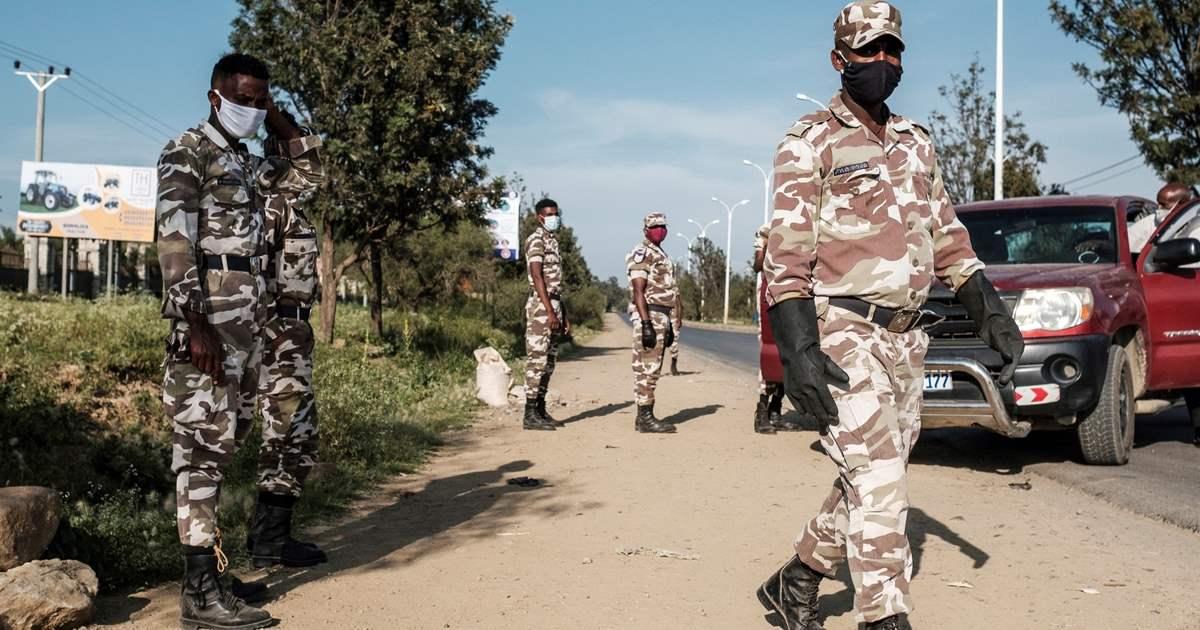 Soldati-etiopici-ad-un-posto-di-blocco