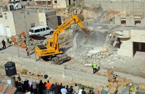La pace in Palestina non può nascere da demolizioni illegali!
