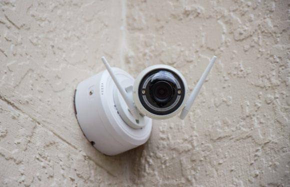Sistemi di sorveglianza in Cina: gli affari delle aziende europee nonostante le violazioni dei diritti umani