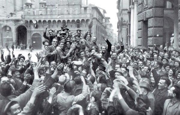 """""""Una grande alleanza democratica e antifascista per la persona, il lavoro e la socialità"""""""