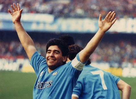 Ci lascia un figlio del popolo, ci lascia Diego Armando Maradona.