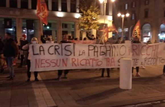 NON E' TEMPO DI FERMARSI: VENERDI' 18 IN PIAZZA A LIVORNO!