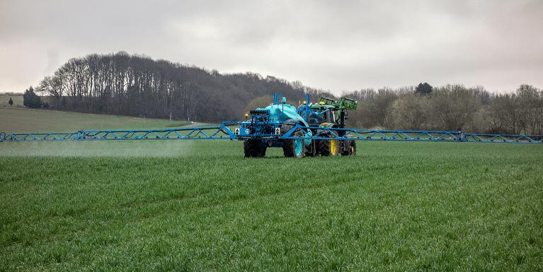 """Rapporto nazionale pesticidi nelle acque: gli insetticidi """"superano"""" gli erbicidi"""