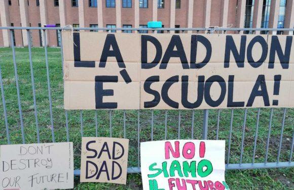 Scuola: il fallimento del Governo, le nostre rivendicazioni