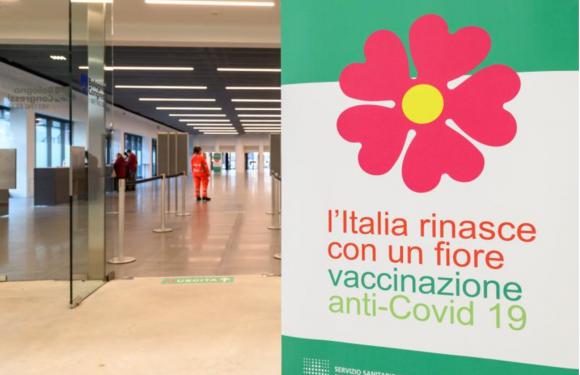 Il CEFA Onlus a sostegno della campagna vaccinale: si cercano volontari per le attività di prima e seconda accoglienza