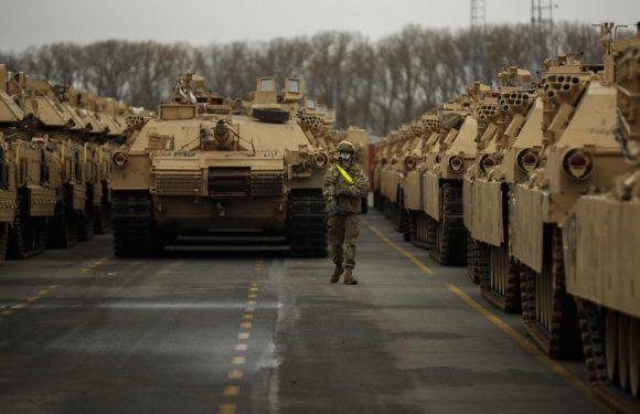 """Arriva l'esercito Usa """"Difensore"""" dell'Europa"""