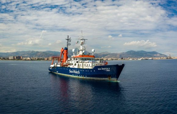 Soccorso in mare: perché è illegittimo il fermo della nave Sea Watch 4