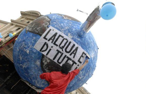 NAPOLI: LA LOTTA PER L'ACQUA PUBBLICA IN AREA NORD E AREA FLEGREA