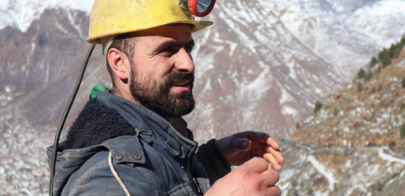 POTERE AL POPOLO AL FIANCO DI ELTON DEBRESHI, CANDIDATO AL PARLAMENTO IN ALBANIA!