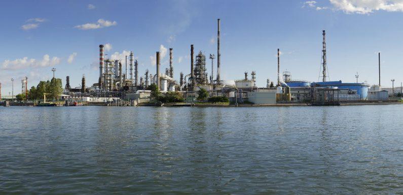 Sfruttamento e attività criminosa strutturata ai cantieri navali di Marghera
