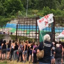 Val di Susa, presidio no tav assediato da polizia, senza acqua e cibo chiedono medico e avvocato