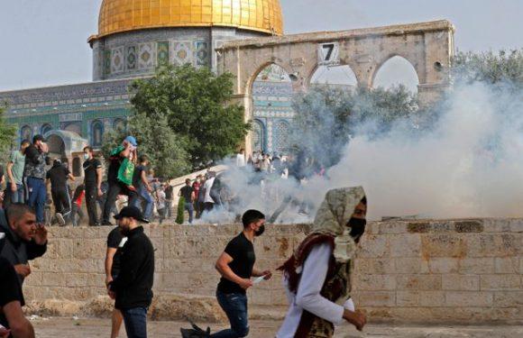 Gerusalemme brucia! Centinaia di palestinesi feriti