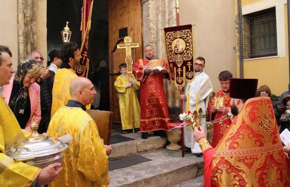Ismu, tra i migranti in calo cattolici e islamici crescono gli ortodossi