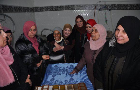 """""""La causa palestinese è una causa femminista"""". Il racconto di AOWA dopo le bombe"""
