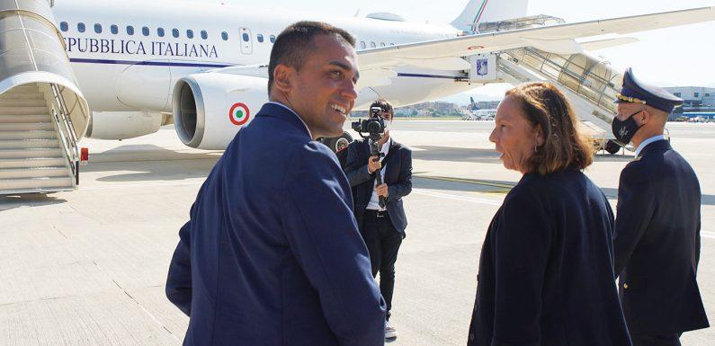 """Rimpatri e accordi informali: il """"laboratorio"""" Tunisia visto da vicino"""