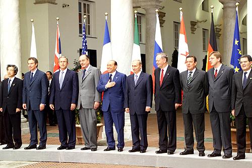 G8 / Genova: il primo movimento di massa della storia che non chiedeva niente per sé, voleva solo giustizia per il mondo intero