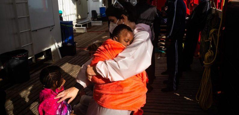 La Croce Rossa salirà a bordo della nave umanitaria Ocean Viking