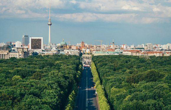 Il referendum di Berlino per espropriare le case sfitte dei colossi immobiliari