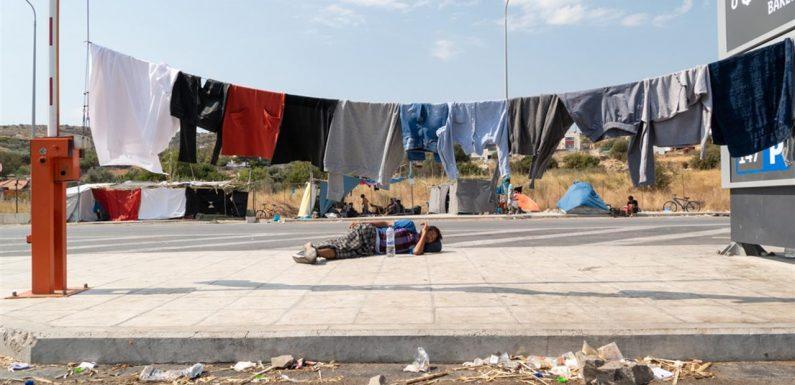 Lesbo, no a nuove barriere anti diritti. Il report di 45 ong a un anno dall'incendio di Moria