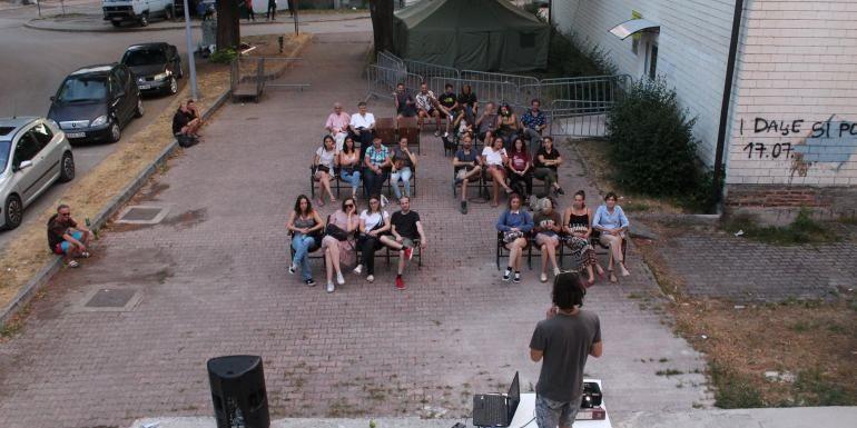 Rotta balcanica: i progetti dal basso a tutela delle persone migranti in Bosnia ed Erzegovina